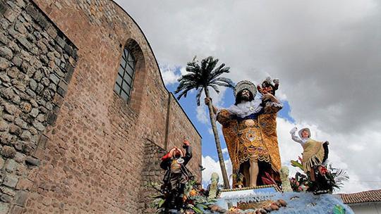 Restaurarán impresionante escultura del patrón San Cristóbal de Cusco